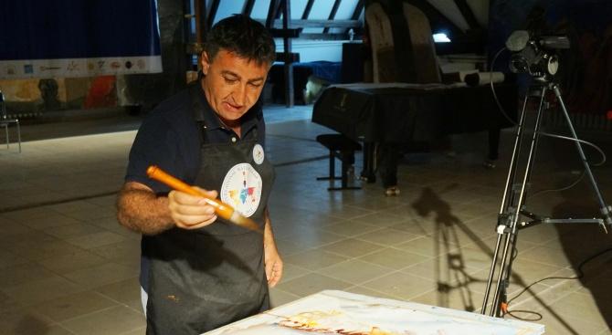 Световни художници рисуват на живо пред публика във Варна