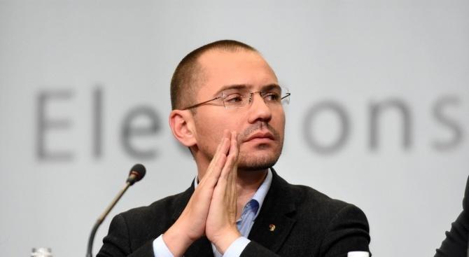 Джамбазки: До преди месец водещите кандидати за ЕП имитираха битка, а днес безсрамно се пазарят отново помежду си