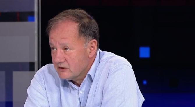 Михаил Миков: Ръководството на БСП често стъпва накриво