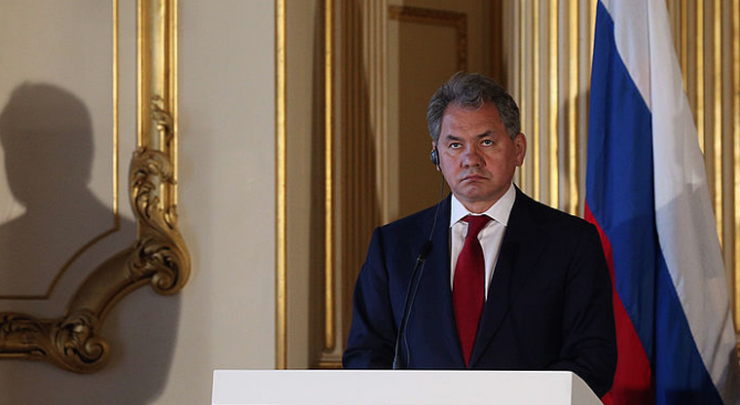 Руският министър на отбраната: Има оцелели при пожара в батискафа