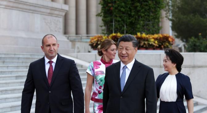 Румен Радев и Си Цзинпин приеха декларация за установяване на стратегическо партньорство между България и Китай