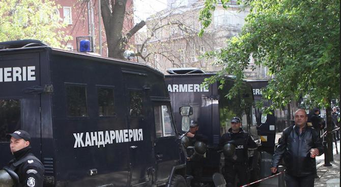 """Акция на """"Вътрешна сигурност"""" срещу служители на МВР в Казанлък"""