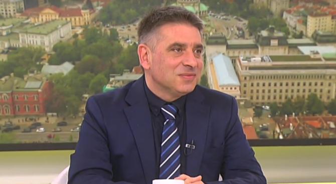 Данаил Кирилов: Ще освободя шефа на затворите, но нека първо да му изтече болничният