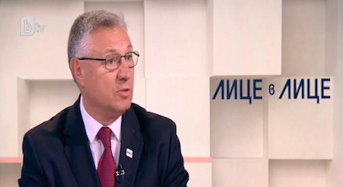 Велизар Шаламанов: Не се опитваме да правим скрити стъпки за купуването на F-16