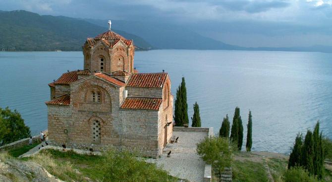 ЮНЕСКО даде последен шанс на Охрид да събори над 1000 незаконни обекта
