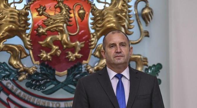 Президентът връчва ордени на 4-ма бележити българи в понеделник