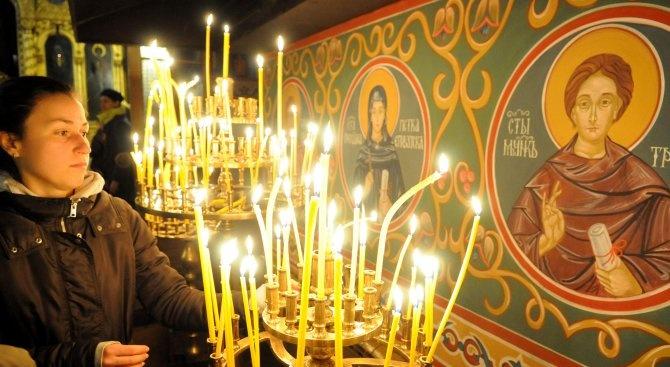 Православната църква почита Св. Неделя