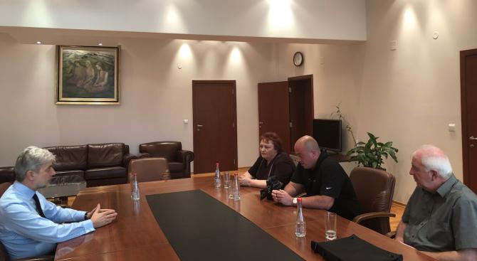 """Нено Димов отмени съкращението на експерта, разкрил опасния химикал в бившия завод """"Химко"""" във Враца"""