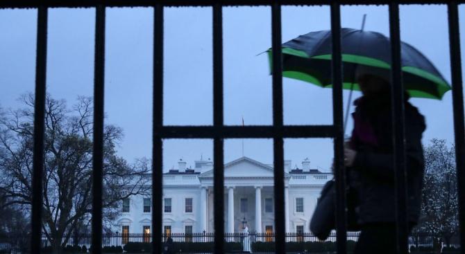 Буря удари Вашингтон, наводни сутеренана Белия дом