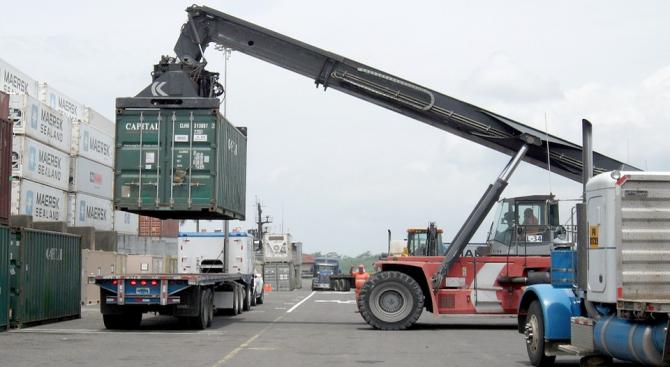 САЩ налагат мита за вноса на заваръчна стомана от Мексико
