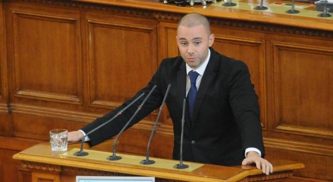 Александър Ненков: Губещите партии винаги  обвиняват победителите в манипулации