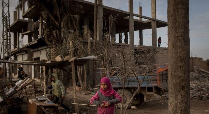 Над 100 бойци и осем цивилни са загинали при сражения в Сирия