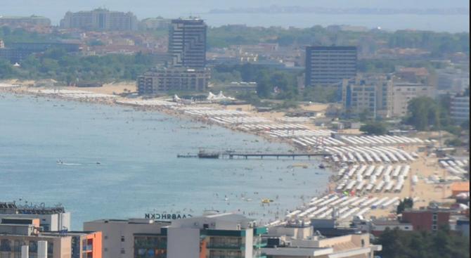 """Провериха хотела на собственика, който наби израелски туристи в """"Слънчев бряг"""""""
