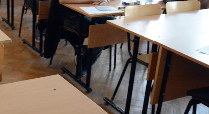 Училищата ще приемат документи за записване на седмокласниците на12, 15 и на 16 юли
