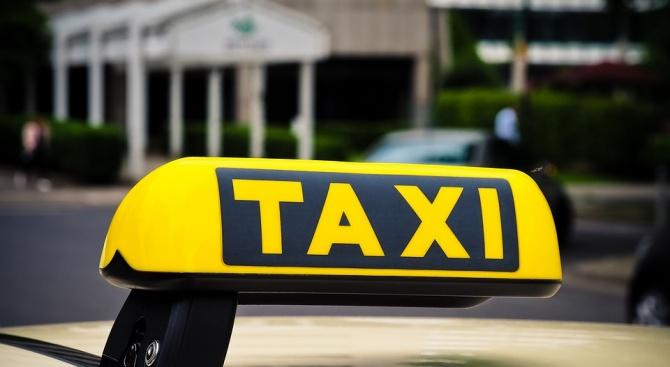 Задържаха шведски гражданин, откраднал такси в Несебър