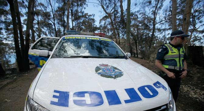 Австралийската полиция спря четири деца, избягали с кола на 1 000 км от родителите си