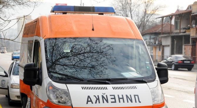 Автобус помете старица в Шумен