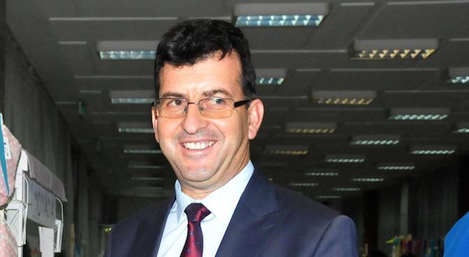Асим Адемов: ЕНП ще подкрепи кандидатурата на Урсула фон дер Лайен за председател на ЕК