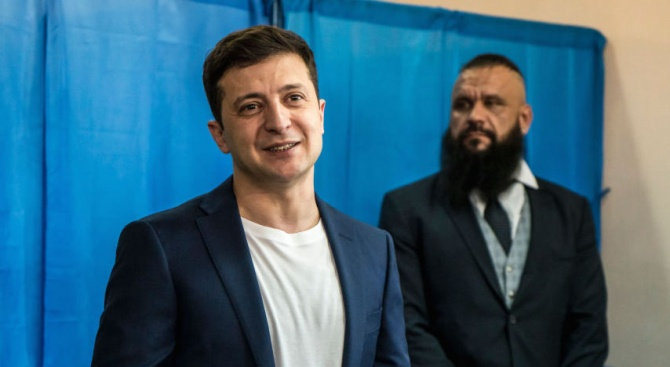 Украинският президент: Клоуни напират за депутати