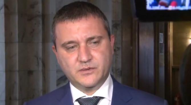 Горанов с коментар за задържания младеж за хакерската атака в НАП