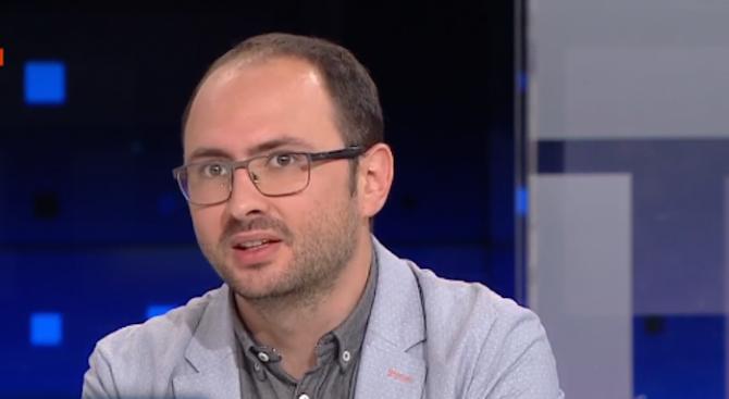Адвокат за думите на Борисов за хакера вълшебник: Фактът, че е задържан толкова бързо отнема част от вълшебството му