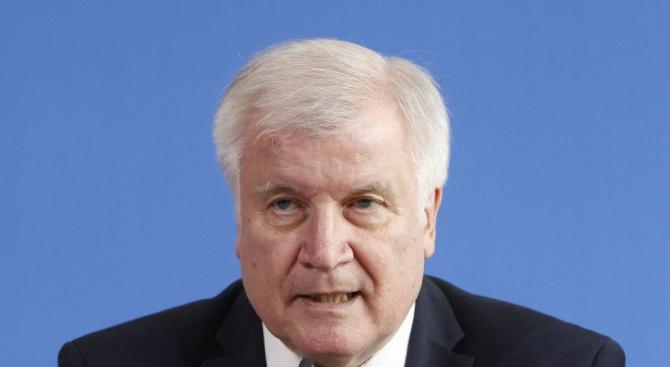 Германският вътрешен министър обяви,че подготвя план за разпределянена мигрантите в ЕС
