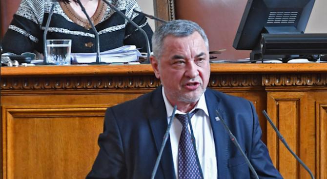 Валери Симеонов: Да преклоним глава пред делото на Васил Левски