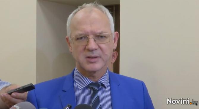 Васил Велев: Няма как да има растеж на заплатите, ако няма хора на трудовия пазар