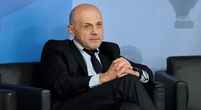 """Томислав Дончев се отърва от """"горещия картоф"""" с електронното управление"""