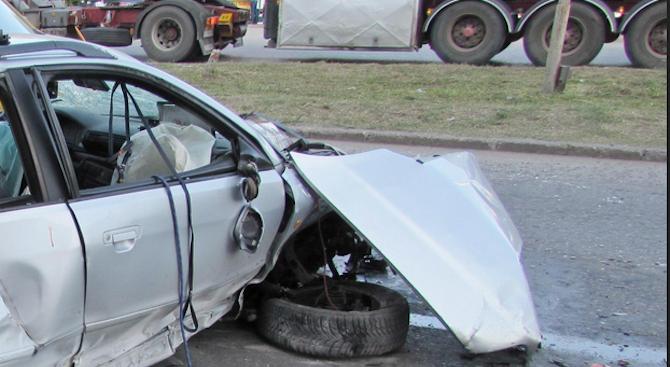 Катастрофа на пътя Кубрат - Разград. Един е тежко ранен