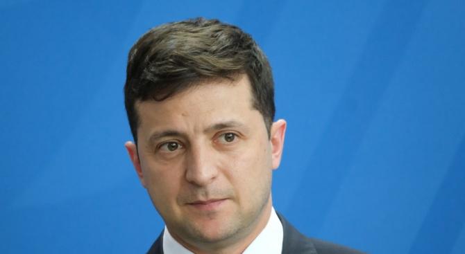 """Зеленски не планира парламентарна коалиция с никого от """"старата власт"""""""