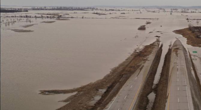 Най-малко двама загинали при наводненията в Северна Турция