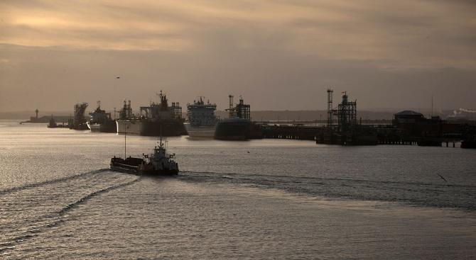 Великобритания обмисля варианти за действие спрямо Иран след задържането на петролния танкер