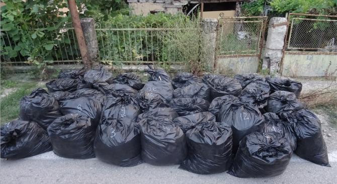380 кг контрабанден тютюн иззеха при спецакция във Видин