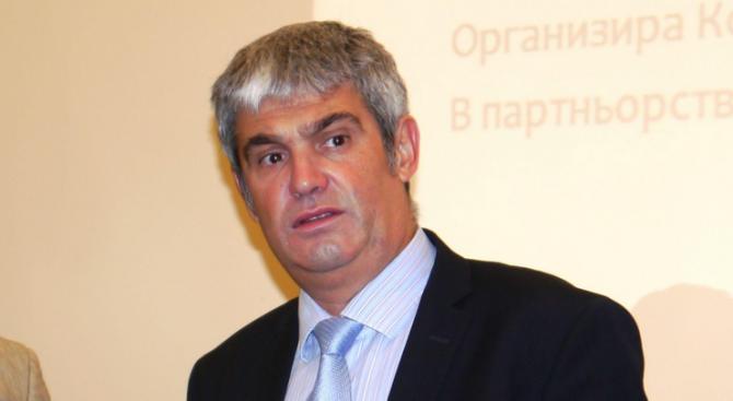 КНСБ иска преговори между бизнеса, синдикатите и правителството