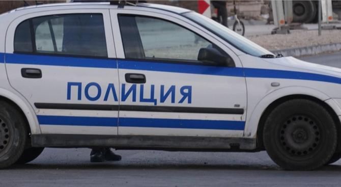 Закопчаха мъж заради проявена агресия към полицай