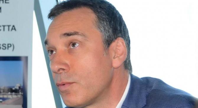 Димитър Николов: В ГЕРБ ни е много горещо, защото сме в процес на номинации