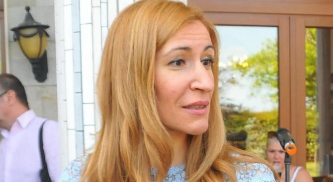 Ангелкова: Имиджът на българския туризъм зависи от всички нас