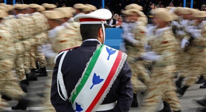 Израелски експерт: Иранците бягат от Сирия в Ирак