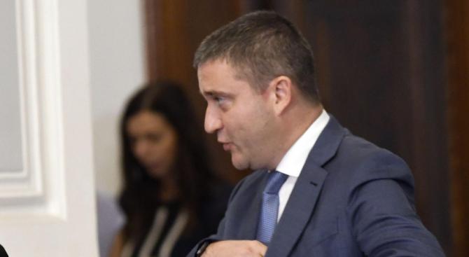 Горанов: Не виждам причина да бъде поискана оставката на директора на НАП