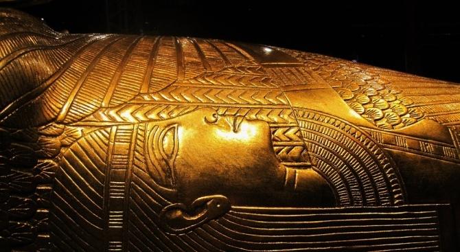 Египет започна реставрацията на ковчега на фараона Тутанкамон