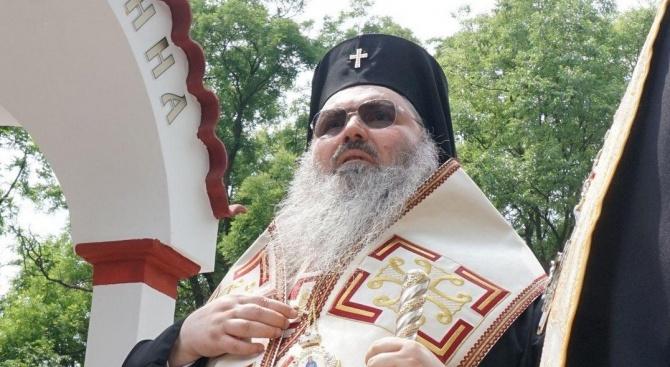 Митрополит Йоан донесе в Шумен иконата на Света Богородица Всецариц