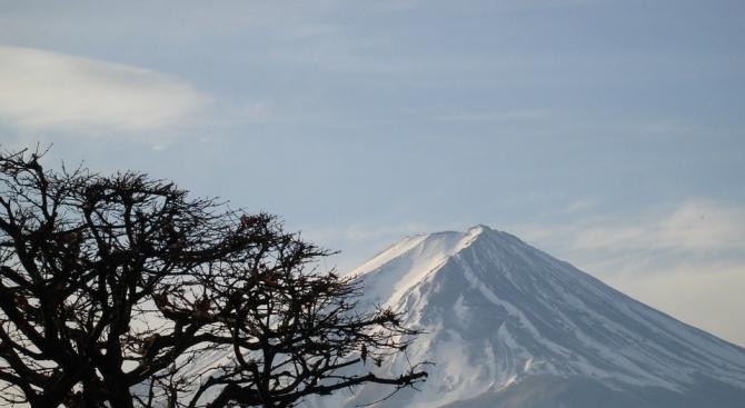 Вулканът на японския остров Хоншу се събуди