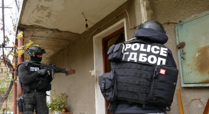 Мащабна спецакция на прокуратурата и полицията в цялата страна