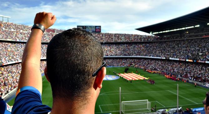 Проучване разкрива сексуалните практики на футболните запалянковци