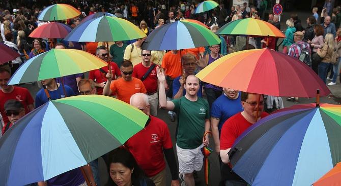 Гей парад с 2000 участници се проведе в Полша