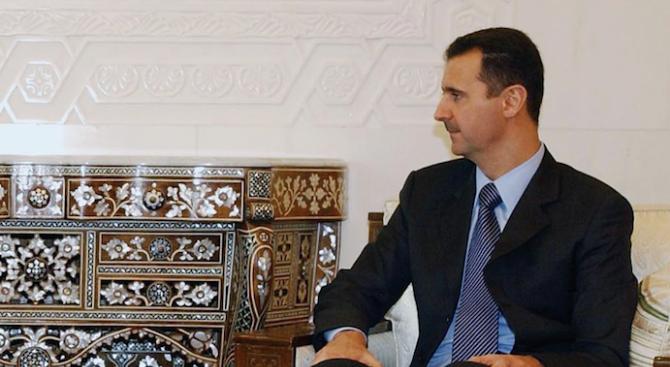 Башар Асад присъствал на празнична молитва в джамия в Дамаск