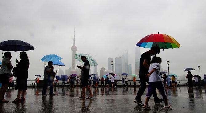 Броят на жертвите на тайфуна Лекима в Китай нарасна на 44