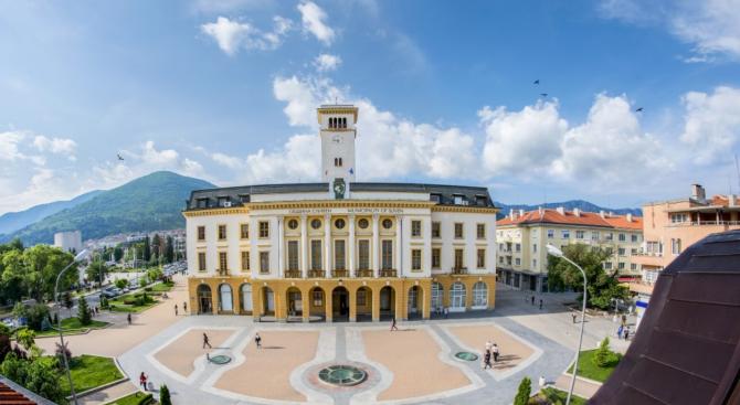 В Сливенска област ще проверяват за нерегламентирано изхвърляне на животински отпадъци