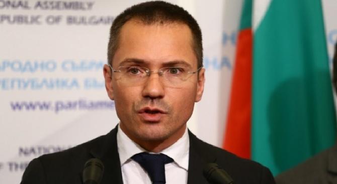 Добра новина за таксата на цената на гориво на българските камиони, които преминават през Иран